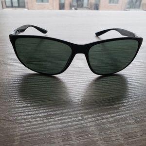 Ray Ban liteforce sunglasses
